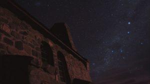 テカポの村から見える星空