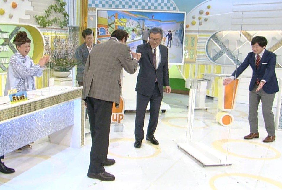 先輩・達川光男さんとの再会を喜ぶ北別府学さん