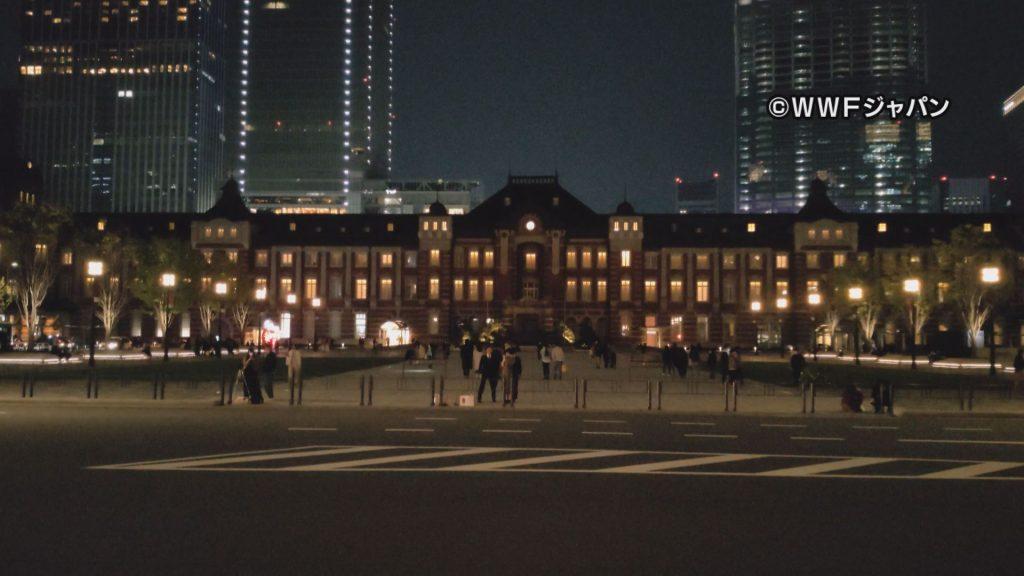 消灯した東京駅