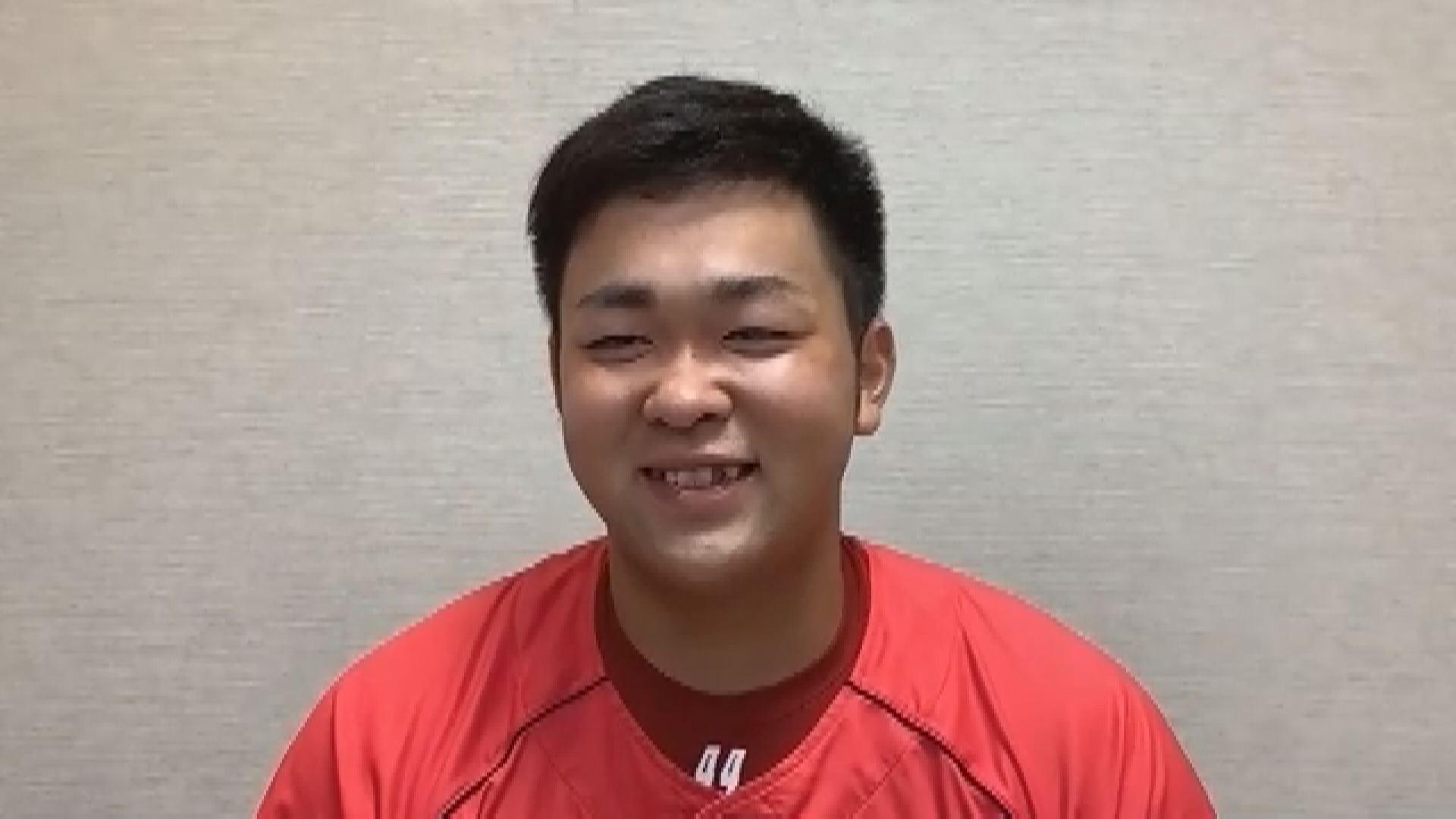 オンラインインタビューを受ける林晃汰選手