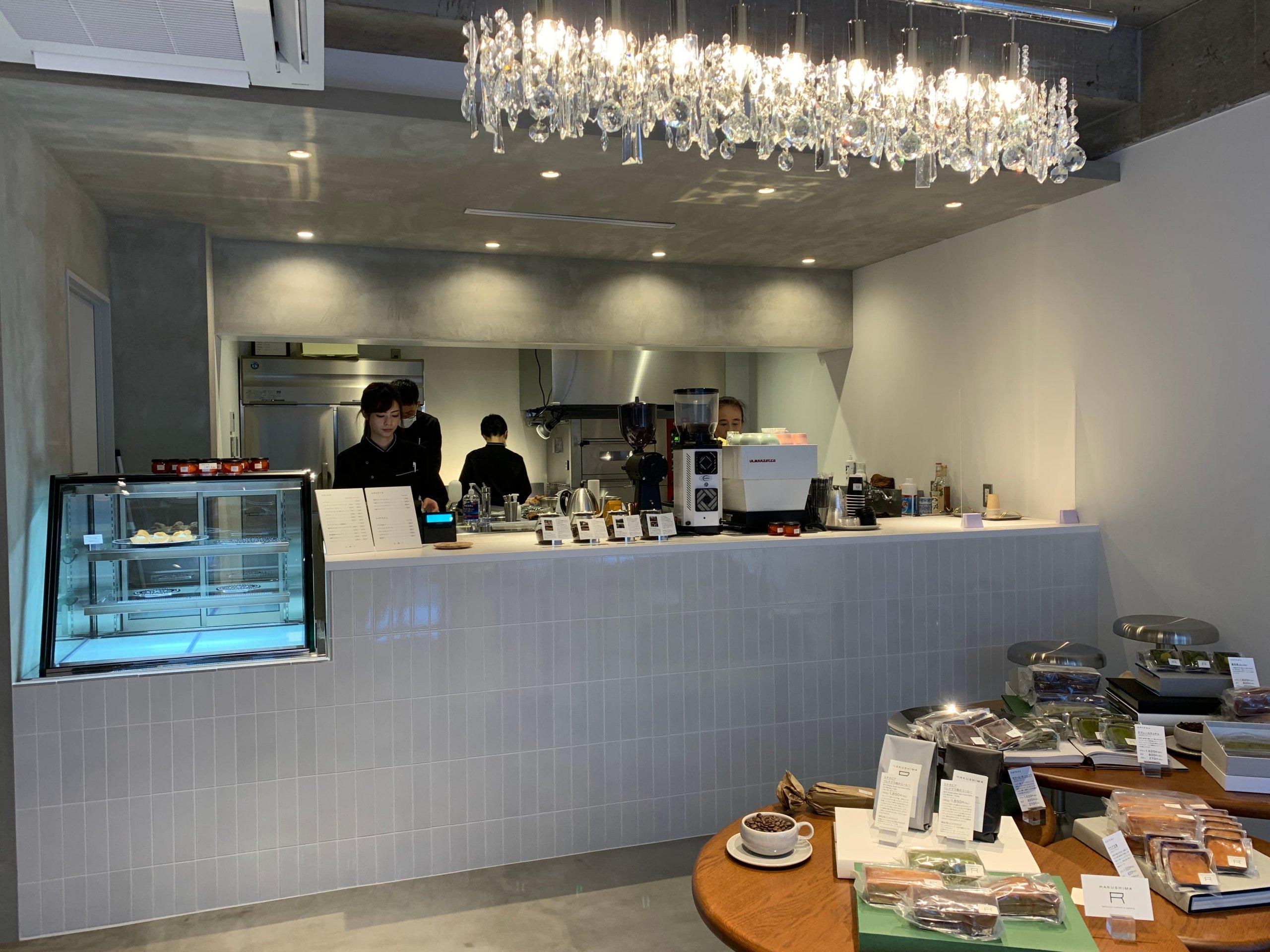 HAKUSHIMA_R 店内